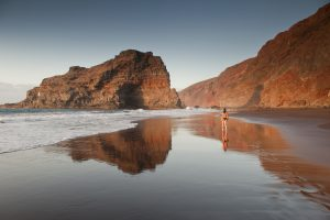 Visit La Palma: Camina … por la arena en La Palma