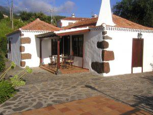 Visit La Palma - Casa La Camelia