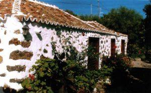 Visit La Palma - Casa Dos Pinos