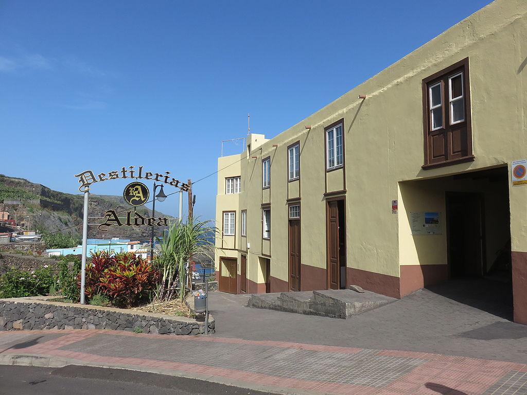 Visit La Palma - Museo Fábrica Aguardiente Ron Aldea